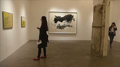 """Tracey Emin """"casa"""" com uma pedra e expõe """"esse amor"""" em Hong Kong"""