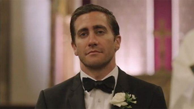 Gyászfeldolgozás kalapáccsal - Jake Gyllenhaal rombol, hogy építsen