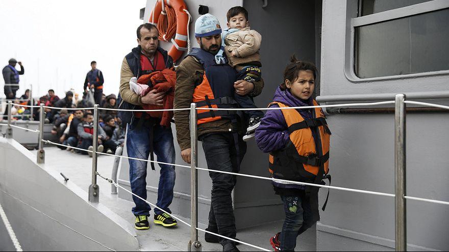 تزايد أعداد اللاجئين والمهاجرين في جزيرة ليسبوس اليونانية