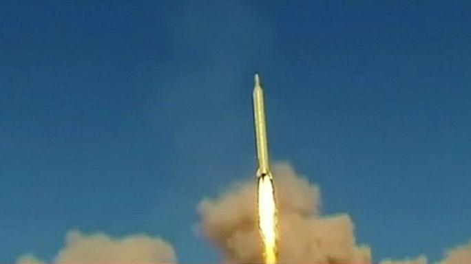 خامنئي: مستقبل ايران في الصواريخ وليس الحوار
