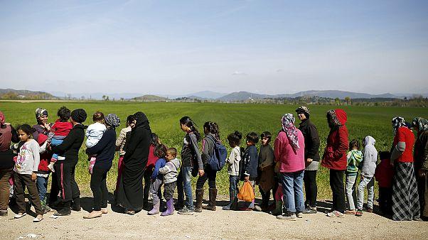 الأمم المتحدة تدعو حكومات العالم لاستضافة نحو نصف مليون لاجىء سوري في ثلاث سنين