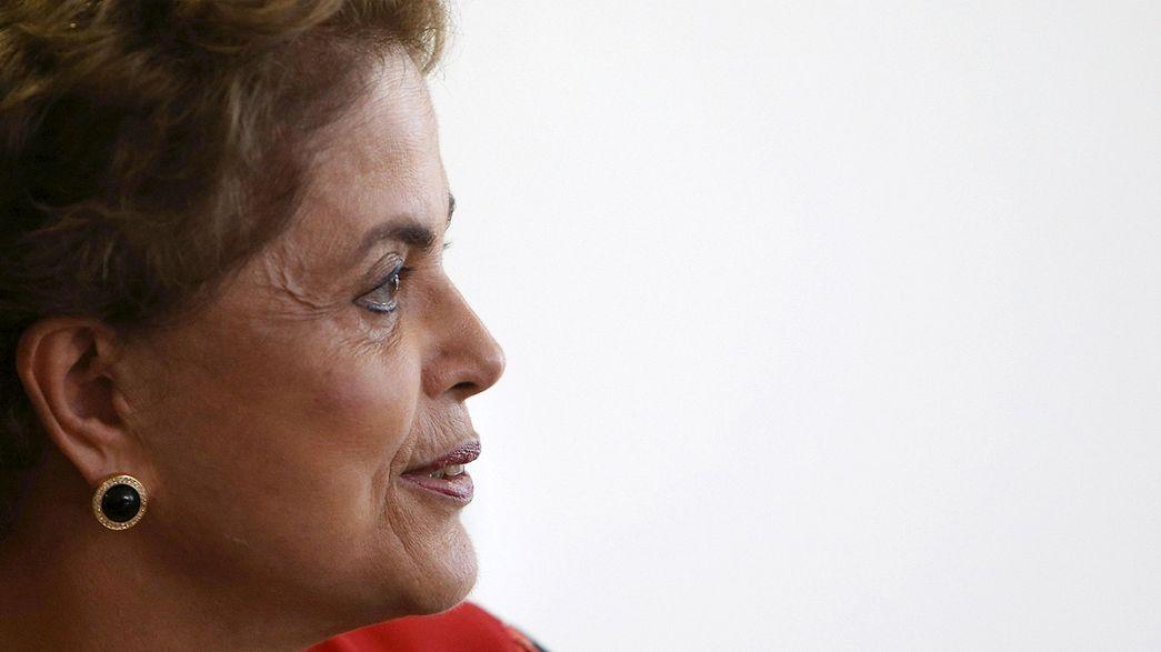 Au Brésil, Dilma Rousseff vacille
