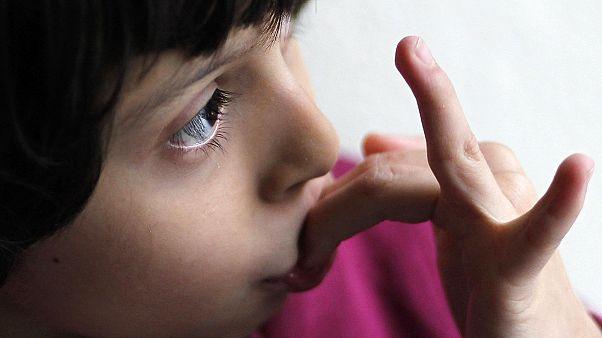 Autisme : les enfants, premières victimes du retard de la France