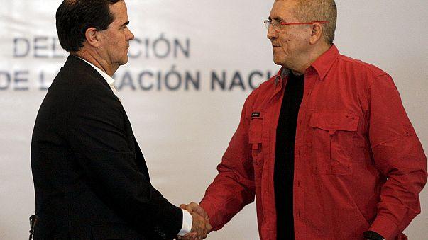 Kolombiya hükümeti ile Ulusal Kurtuluş Ordusu barış görüşmelerine başlıyor