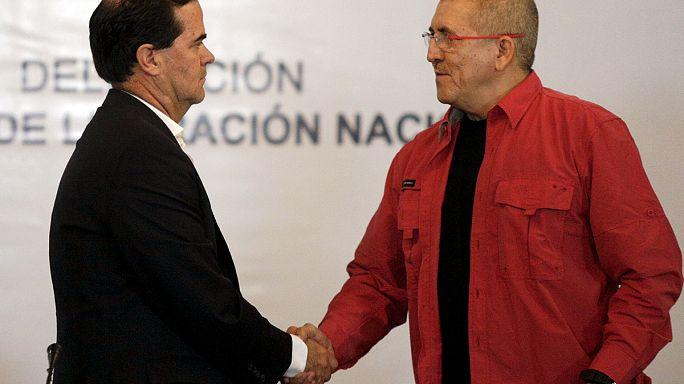محادثات رسمية في كولومبيا مع متمردي جيش التحرير الوطني