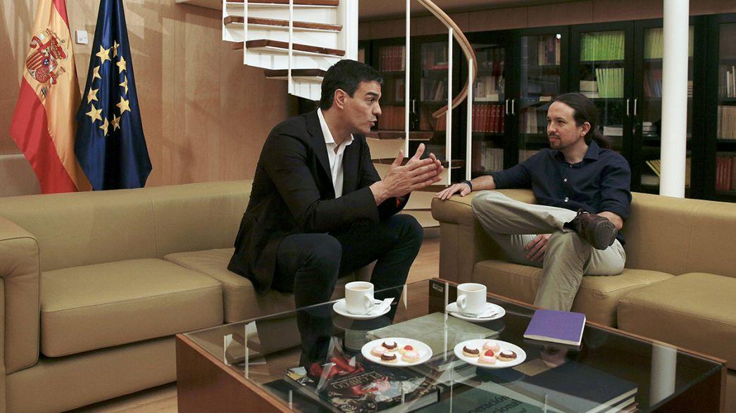 Espanha: Socialistas e Podemos procuram acordo para formar governo