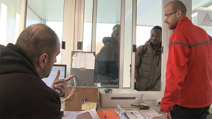 Menekültválság: jól járnak a biztonsági cégek