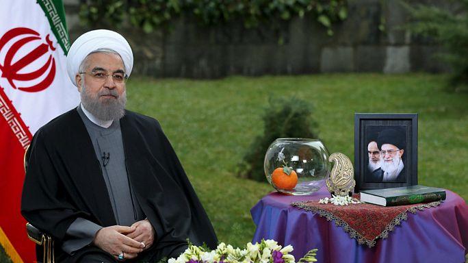 """إيران: المدافعون عن البيئة يحاربون تقليد """"السمكة الذهبية"""""""