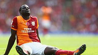 Eboue slapped with FIFA ban, Sunderland terminate his contract