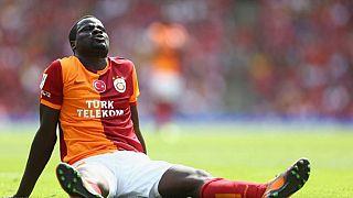 Football : Eboué suspendu par la FIFA, viré par Sunderland