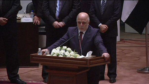 Irak: le Premier ministre présente son nouveau gouvernement
