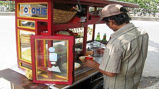 Égypte : des chariots solaires pour les vendeurs ambulants d'Alexandrie