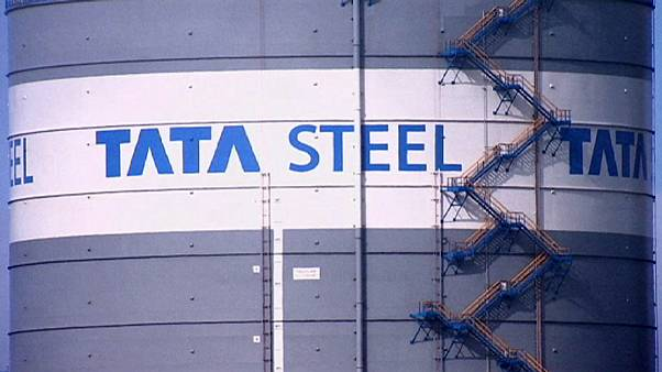 "Cameron says ""no guarantees of success"" in steel crisis"