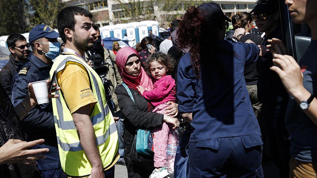 AB anlaşması çerçevesinde ilk mülteci grubu Türkiye'ye doğru yola çıkmaya hazırlanıyor