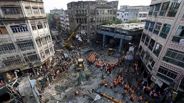 Death toll rises after collapse of flyover in Indian city of Kolkata