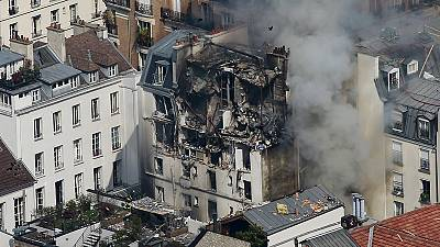 Explosão num edifício de Paris