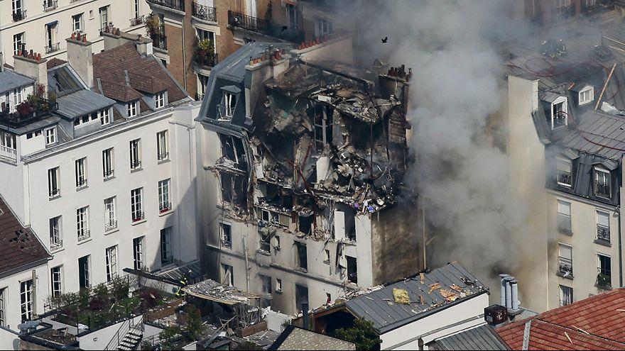 Gas explosion destroys upper floors of Paris apartment block