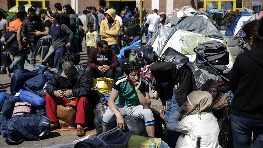 EU-Turkey migrant deal: UNHCR warns neither side is ready