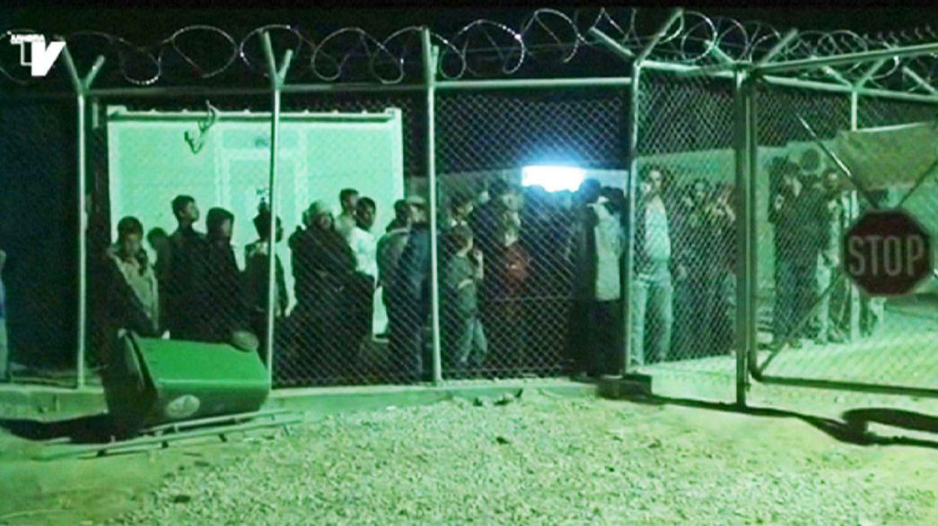 In fuga dagli hotspots greci centinaia di profughi