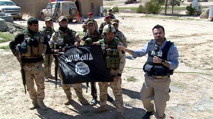 Победить ИГИЛ: репортаж euronews с передовой