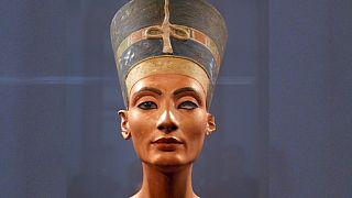 A régészek egyre közelebb járnak Nofertiti sírjához