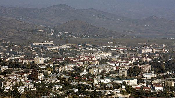Choques armados entre Armenia y Azerbaiyán en el enclave de Nagorno Karabaj