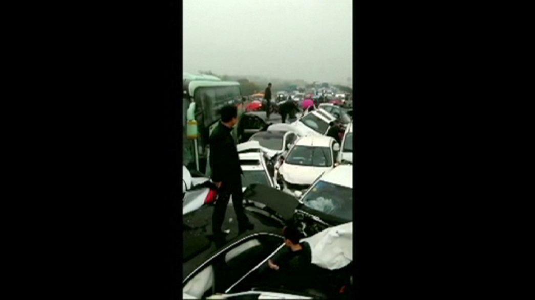 Tote bei Massenkarambolage in China