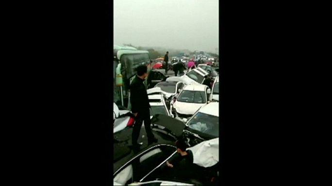 Китай: гигантская авария на автотрассе