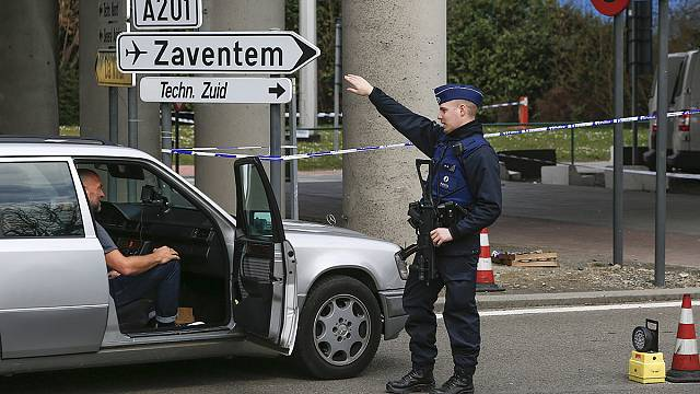 Аэропорт Брюсселя: первые после теракта рейсы