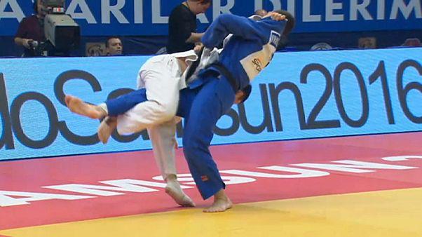 Bronze para Nuno Saraiva e prata para Mariana Silva em Samsun