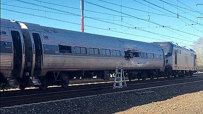 EEUU: accidente de tren mortal en Filadelfia
