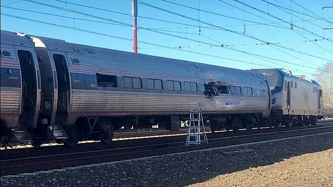 USA : un train percute une pelleteuse, deux morts