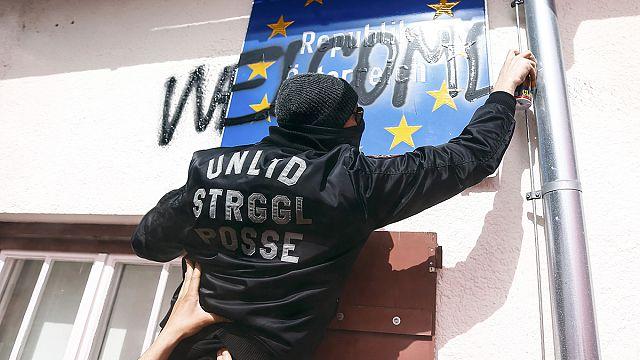 Alman, İtalyan ve Avusturyalılardan sığınmacılara destek gösterisi