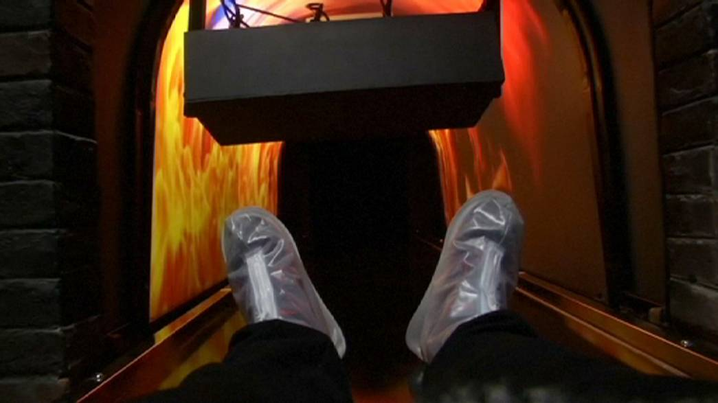 """China's """"death simulator"""" set to pull in crowds"""