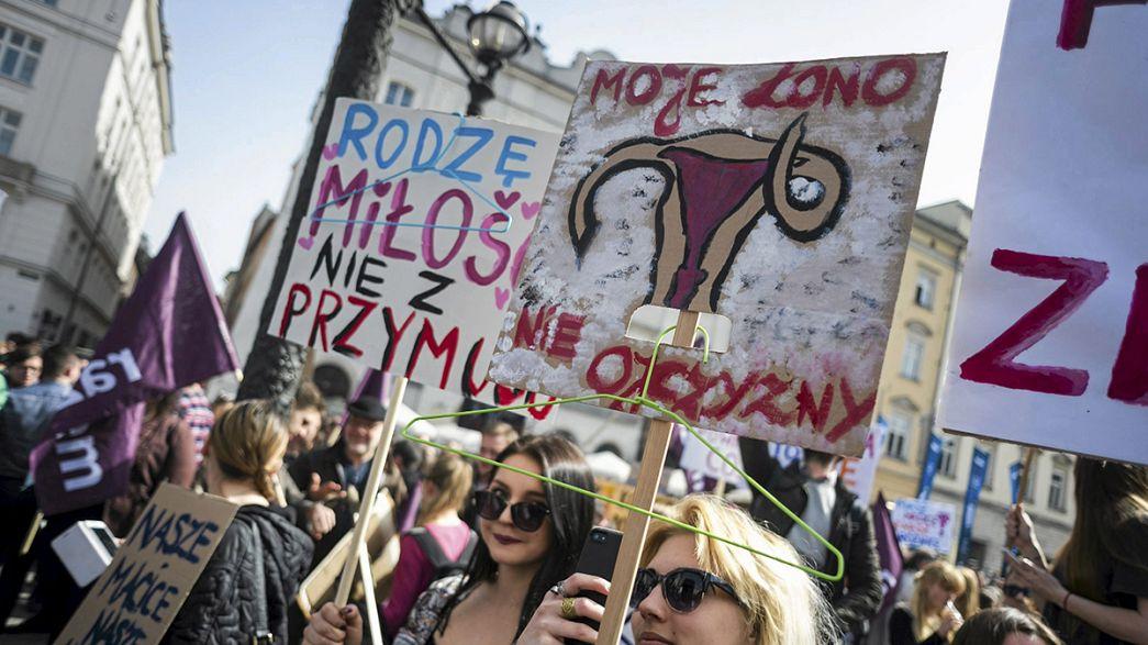 Polnische Bischöfe fordern Verbot der Abtreibung
