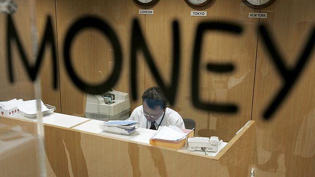 رئيس موساك فونسيكا يدافع عن قانونية أعماله