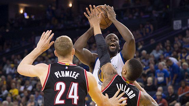 "НБА: ""Голден Стэйт"" разгромил ""Портленд"""