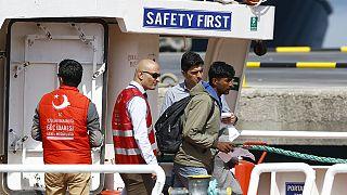 Las deportaciones de migrantes a Turquía no frenan las llegadas a las costas griegas