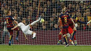Il Real Madrid espugna il Camp Nou. Un passo del Leicester verso la conquista della Premier League