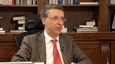 "Migrants: ""The emergency policy favours the mafia"" - Raffaele Cantone"