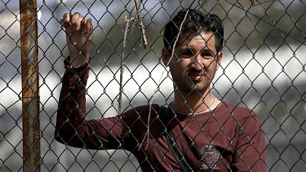 Из Греции выслали в Турцию первую группу мигрантов