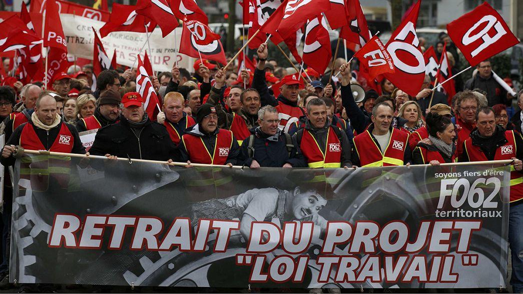 Francia, nuove mobilitazioni contro la riforma della legge sul lavoro