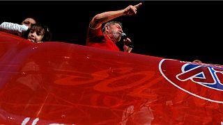 Brasile, Lula torna a difendere Rousseff minacciata di destituzione