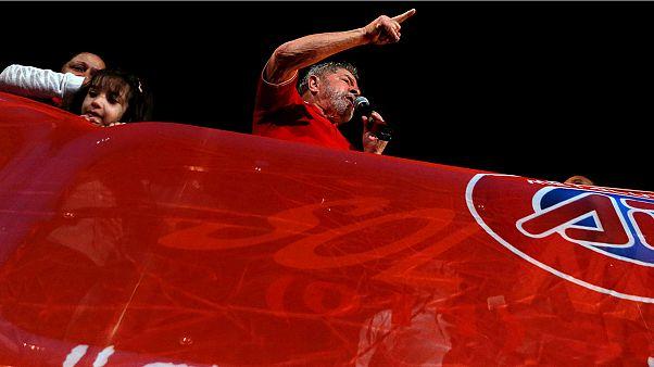 حمایت لولا داسیلوا از دیلما روسف و انتقاد به طرح استیضاح او