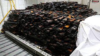 نیروی دریایی آمریکا «قایق ایرانی حامل سلاح برای حوثیها» را توقیف کرد
