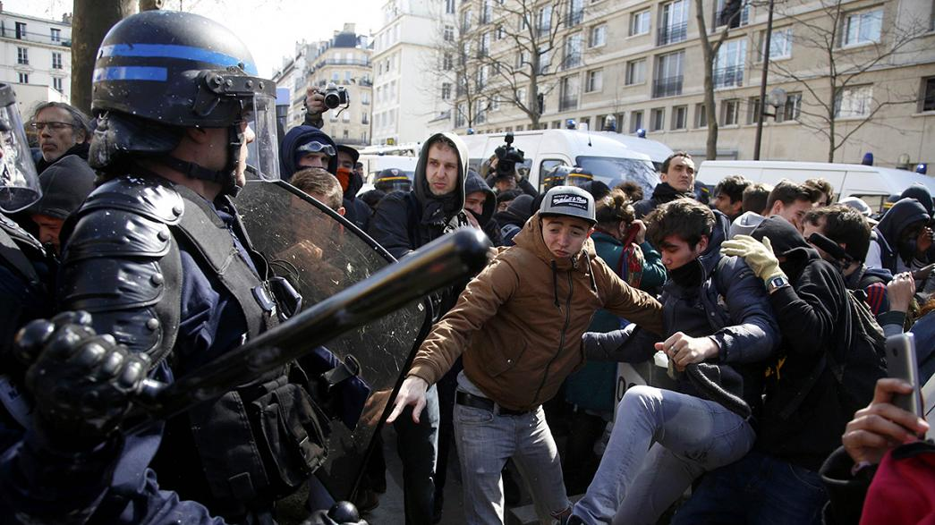 Frankreich: Schüler und Studenten protestieren gegen geplante Arbeitsmarktreform