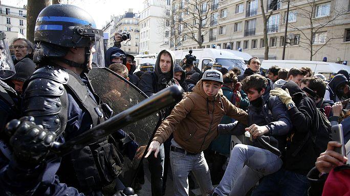 France : des affrontements violents en marge du cortège contre la nouvelle loi travail