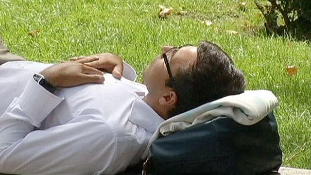 Власти Испании пытаются покончить с сиестой