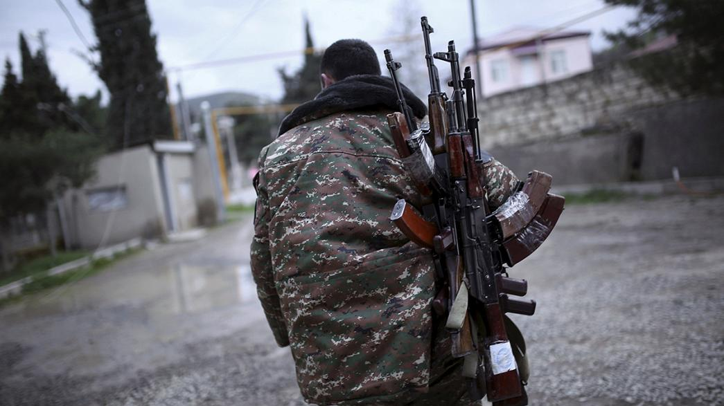 Vereinbarte Waffenruhe zwischen Armenien und Aserbaidschan, armenischer Präsident Sargsjan in Berlin erwartet