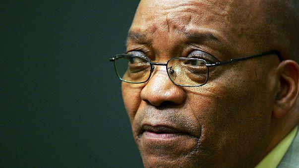 Elbukott a Zuma elleni bizalmatlansági indítvány